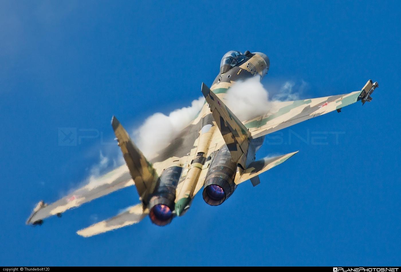 Sukhoi Su-35 - 901 operated by Voyenno-vozdushnye sily Rossii (Russian Air Force) #su35 #sukhoi #sukhoi35