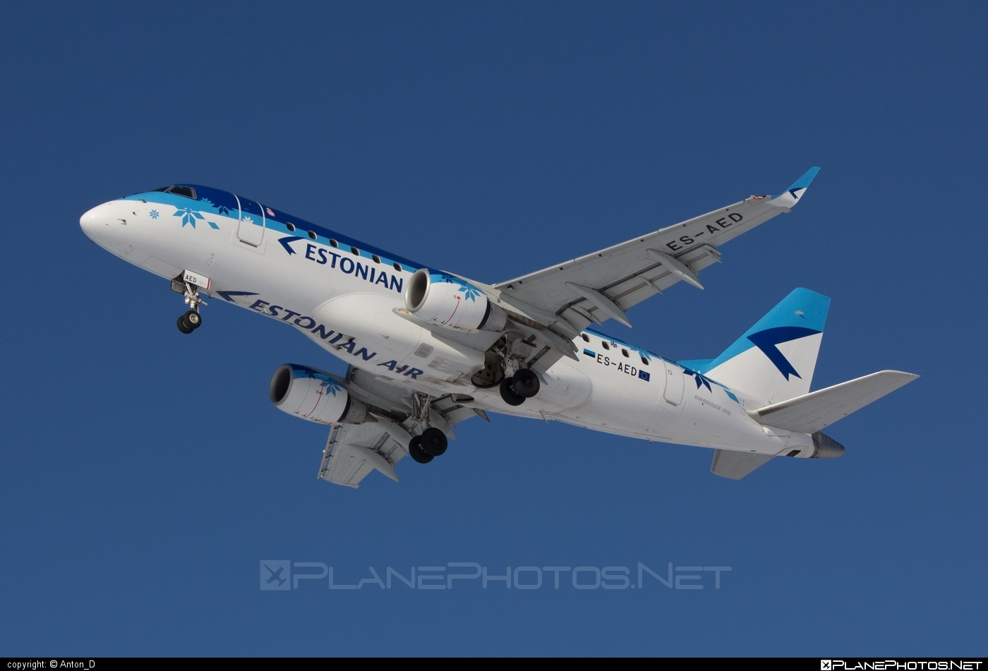 Embraer 170-100LR - ES-AED operated by Estonian Air #embraer