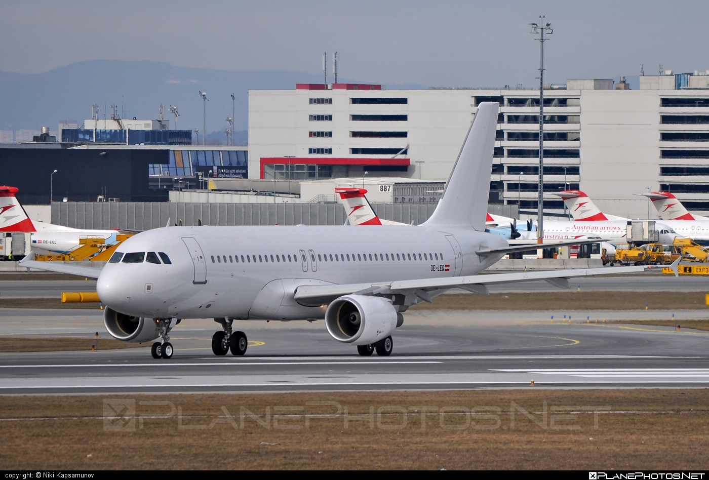 Airbus A320-214 - OE-LEQ operated by Niki #a320 #a320family #airbus #airbus320 #flyniki #niki