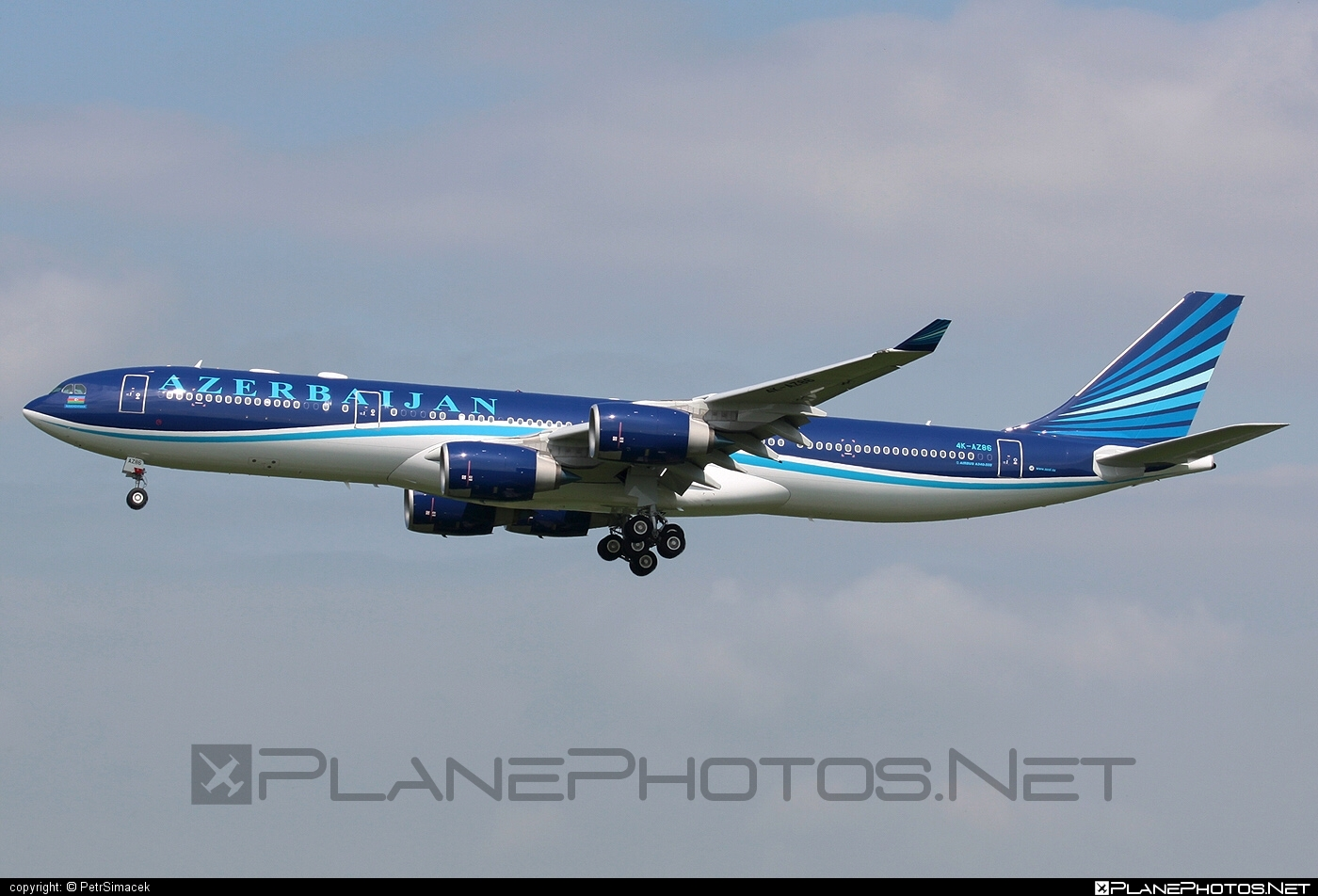 Airbus A340-542 - 4K-AZ86 operated by AZAL Azerbaijan Airlines #a340 #a340family #airbus #airbus340