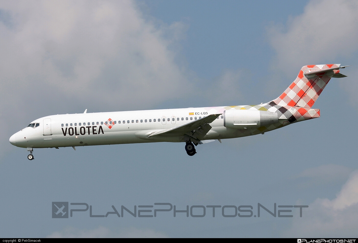 Boeing 717-200 - EC-LQS operated by Volotea #b717 #boeing #boeing717