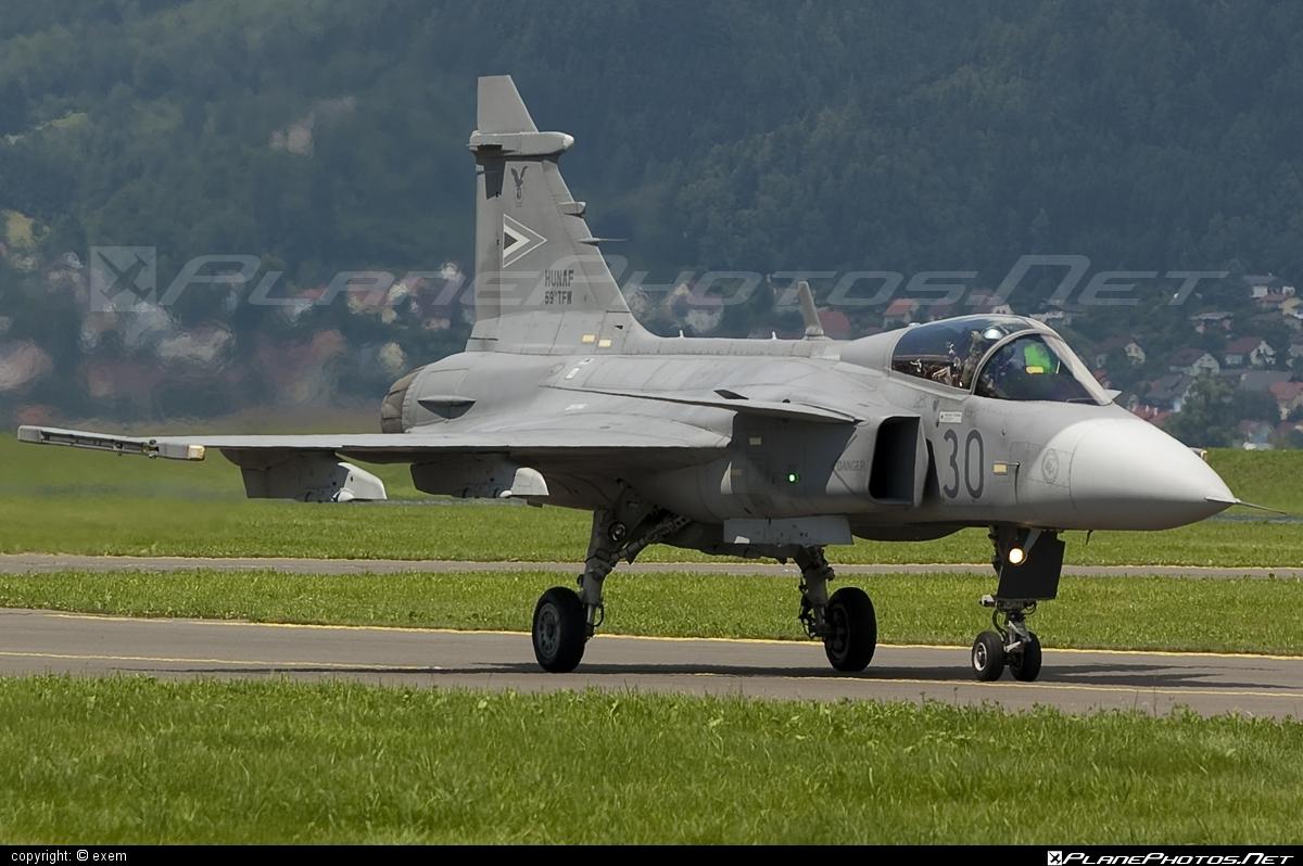 Saab JAS 39C Gripen - 30 operated by Magyar Légierő (Hungarian Air Force) #airpower #airpower2009 #gripen #hungarianairforce #jas39 #jas39c #jas39gripen #magyarlegiero #saab