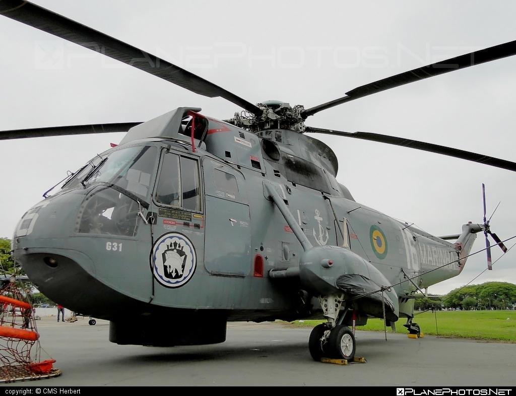 Agusta ASH-3D Sea King - N-3016 operated by Força Aeronaval da Marinha do Brasil (Brazilian Naval Aviation) #agusta