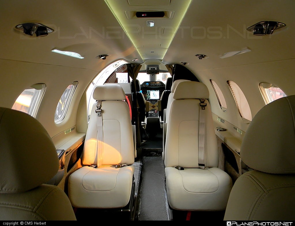 Embraer 505 Phenom 300 - PT-PVA operated by Embraer #embraer