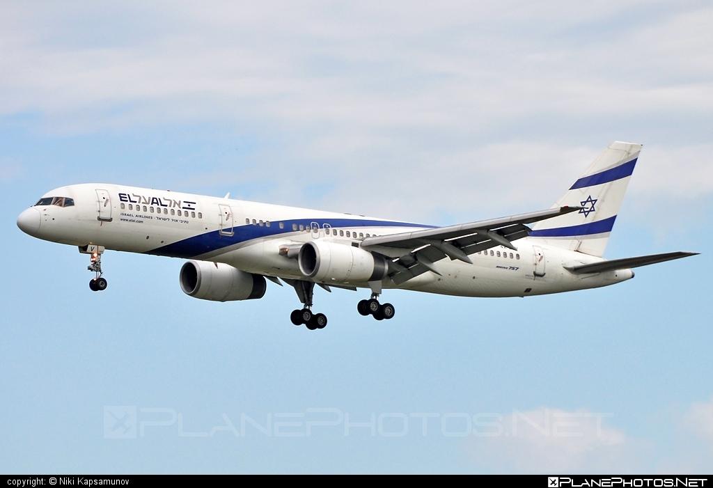 Boeing 757-200 - 4X-EBV operated by El Al Israel Airlines #b757 #boeing #boeing757 #elal #elalisraelairlines #israelairlines