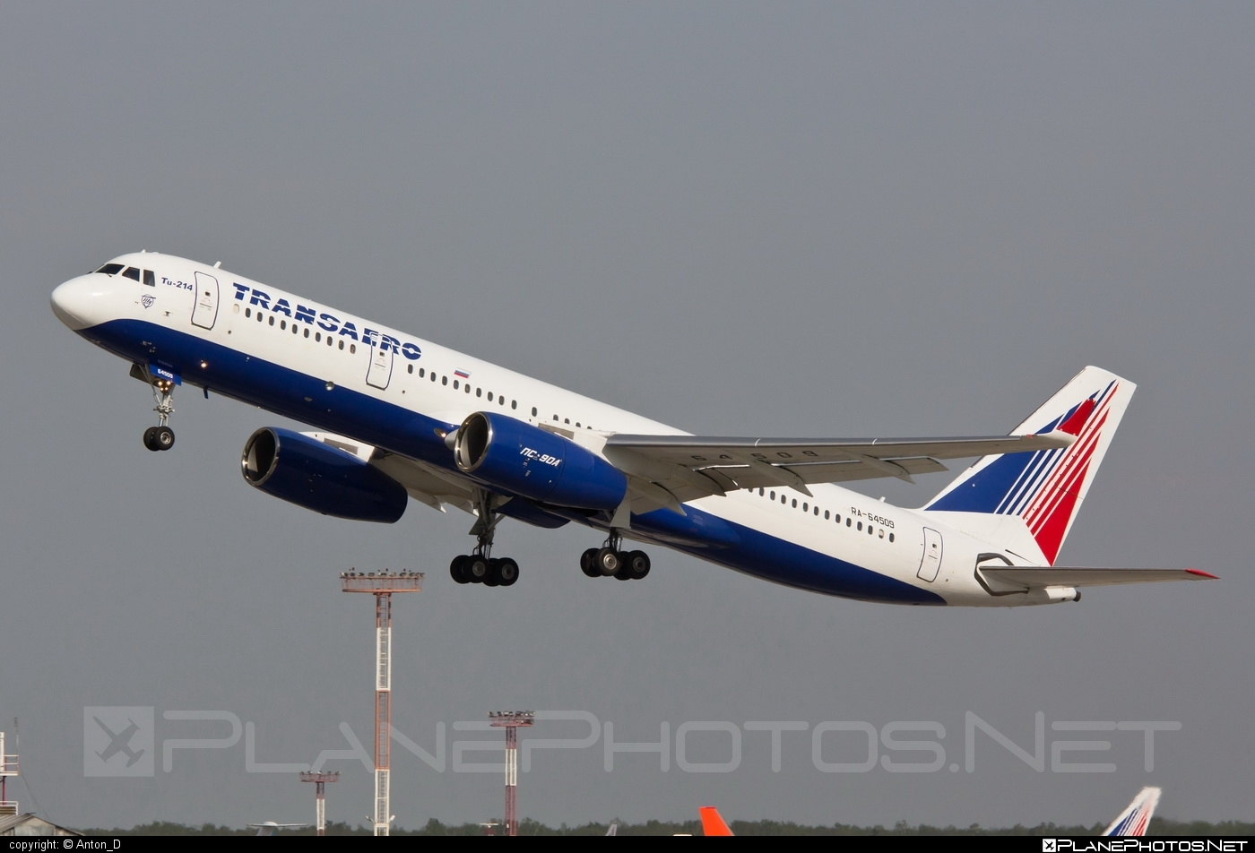Tupolev Tu-214 - RA-64509 operated by Transaero Airlines #tu214 #tupolev