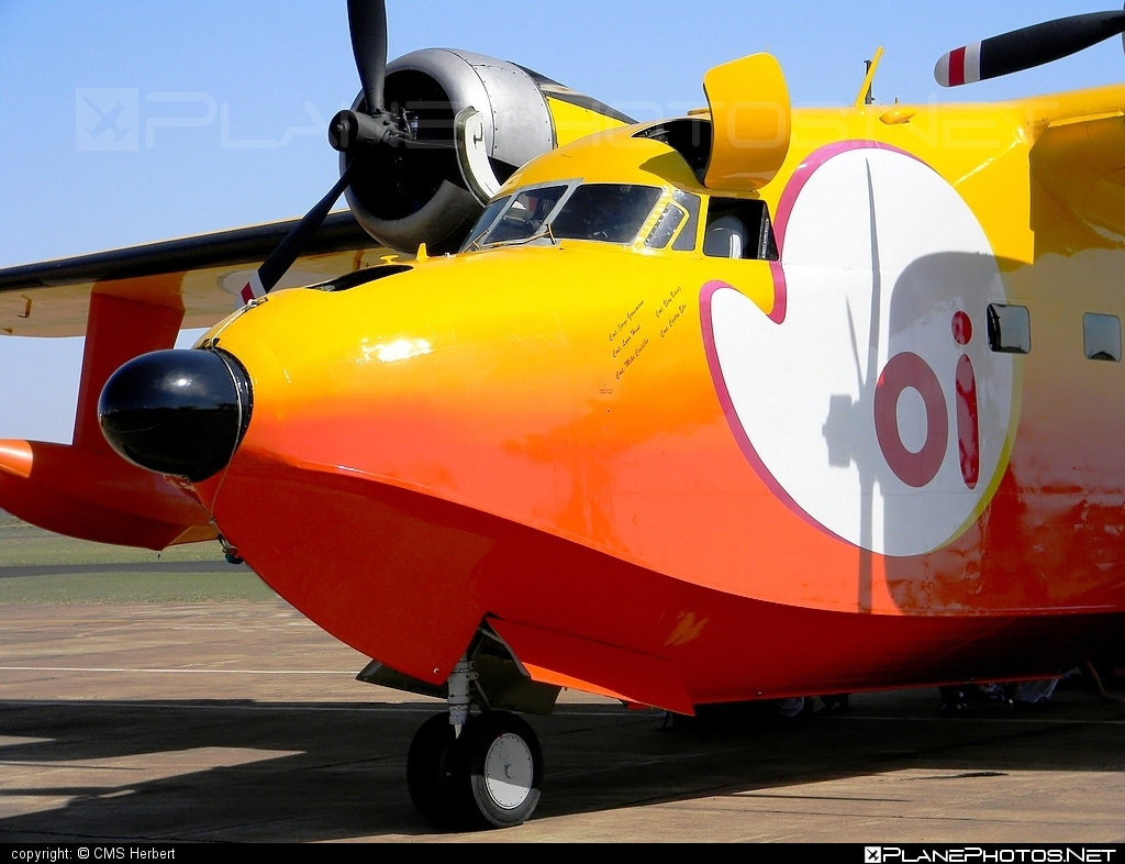 Grumman SA-16A Albatross - PP-ZAT operated by Esquadrilha Oi #grumman