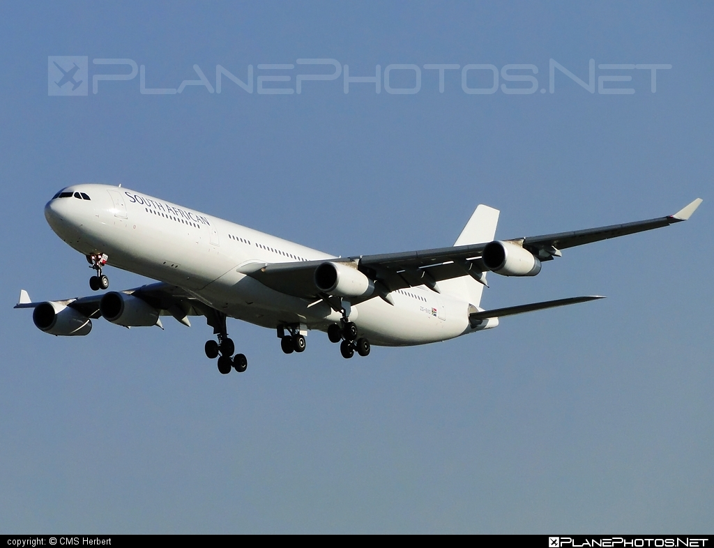 Airbus A340-313E - ZS-SXG operated by South African Airways #a340 #a340family #airbus #airbus340