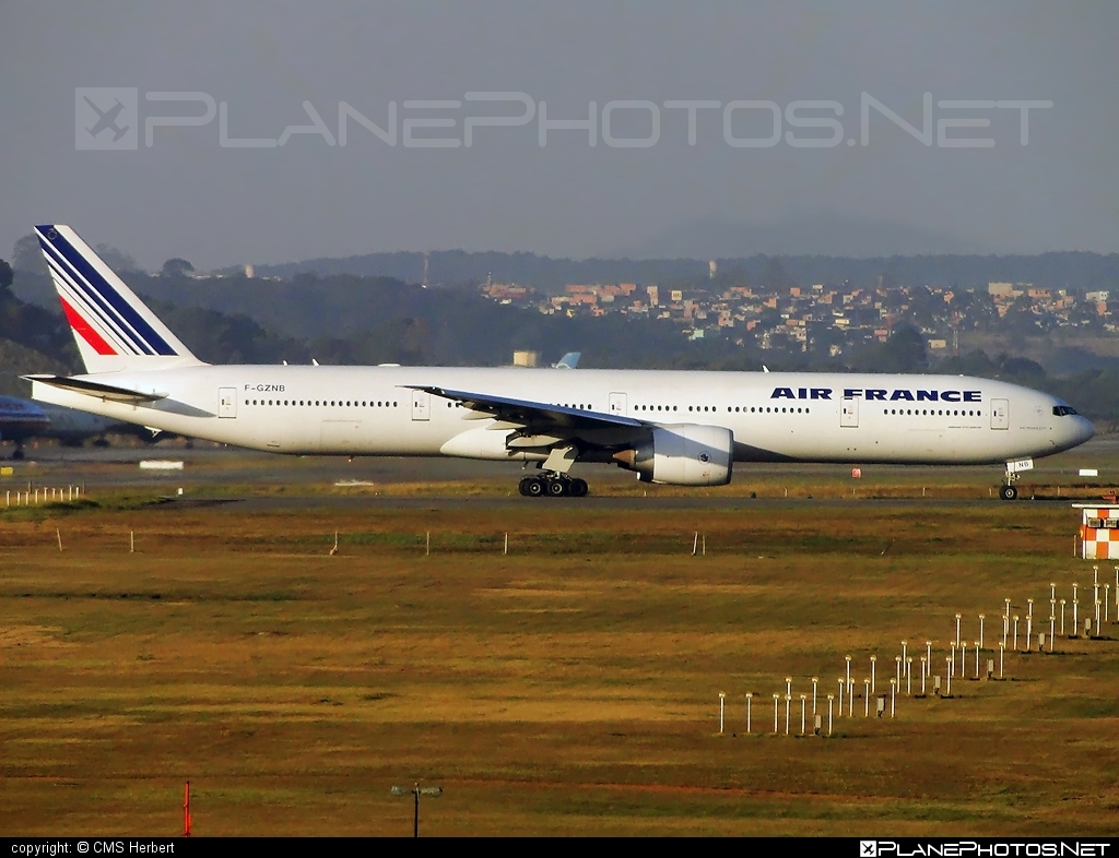 Boeing 777-300ER - F-GZNB operated by Air France #airfrance #b777 #b777er #boeing #boeing777 #tripleseven