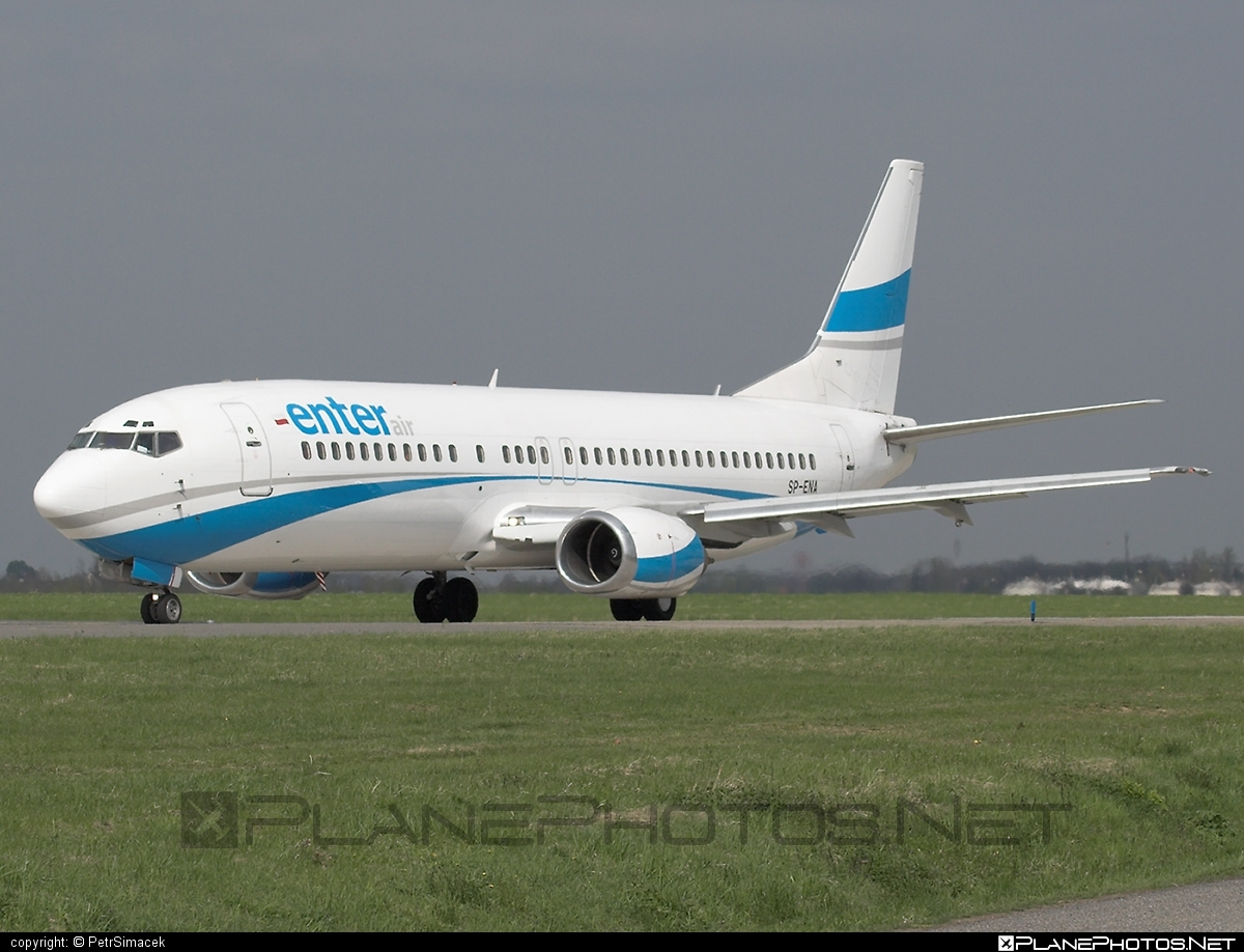 Boeing 737-400 - SP-ENA operated by Enter Air #b737 #boeing #boeing737