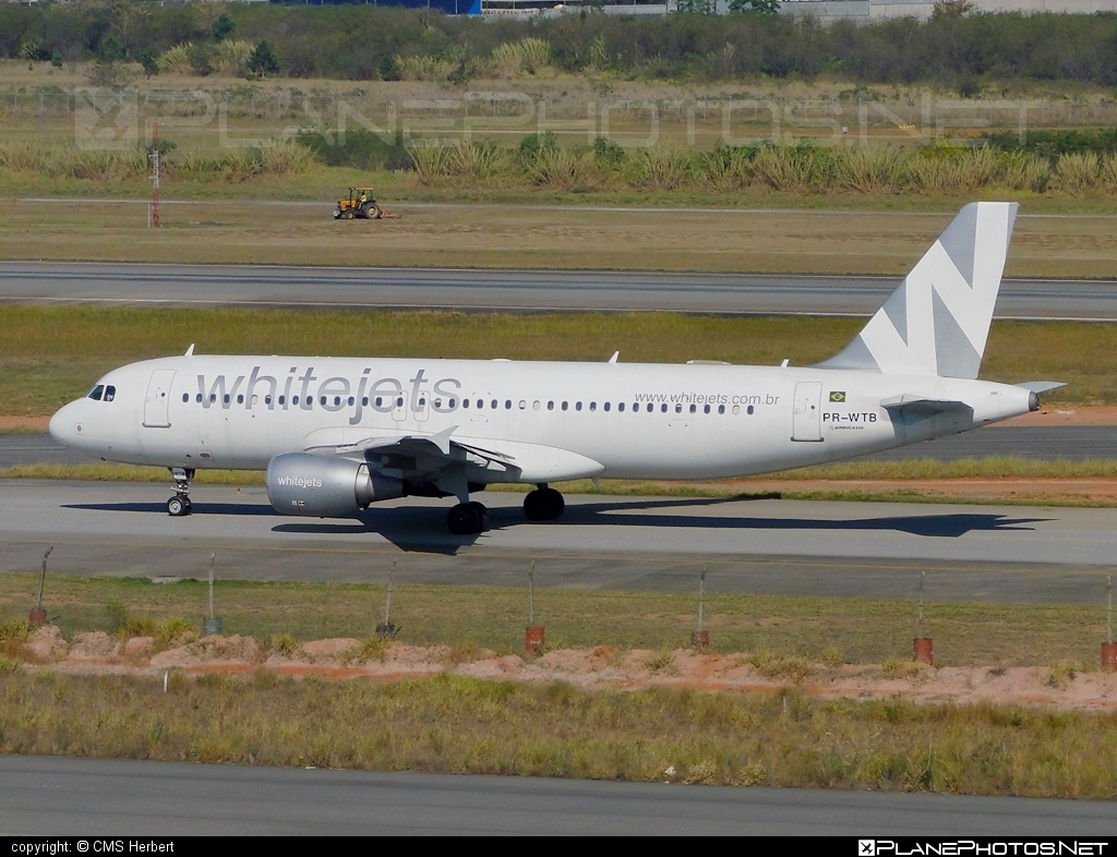 Airbus A320-214 - PR-WTB operated by Whitejets Transportes Aéreos #a320 #a320family #airbus #airbus320