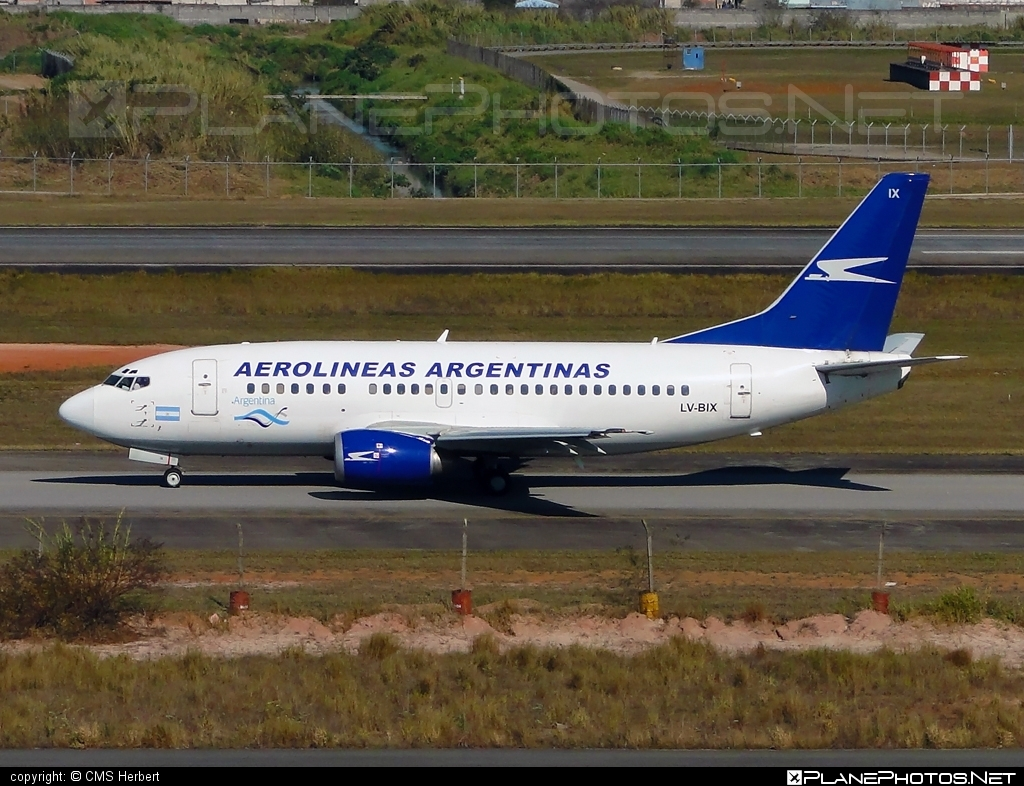 Boeing 737-500 - LV-BIX operated by Aerolíneas Argentinas #b737 #boeing #boeing737
