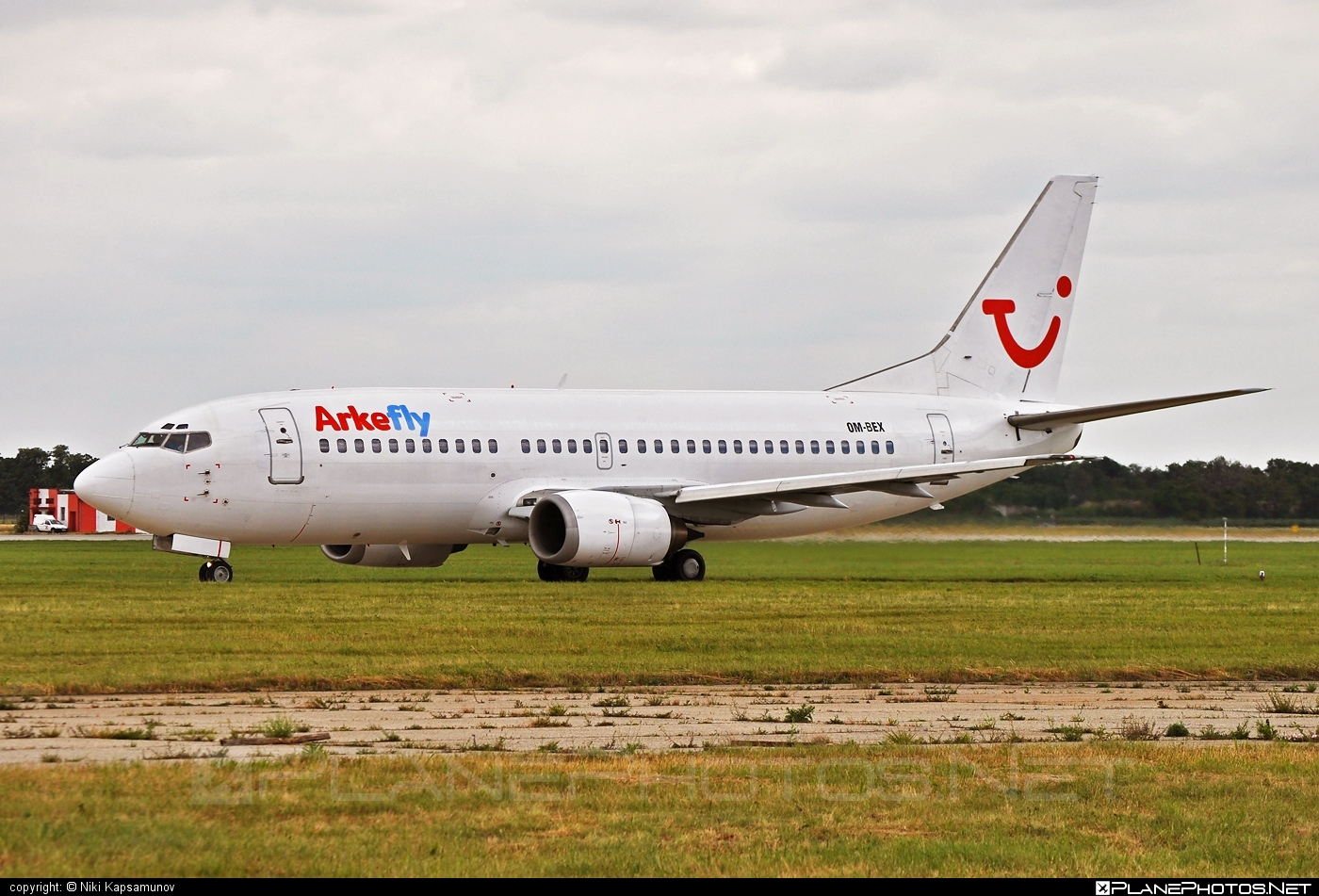 Boeing 737-300 - OM-BEX operated by AirExplore #airexplore #b737 #boeing #boeing737