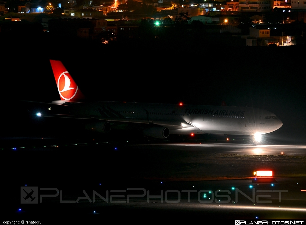 Airbus A340-313E - TC-JIH operated by Turkish Airlines #a340 #a340family #airbus #airbus340 #turkishairlines