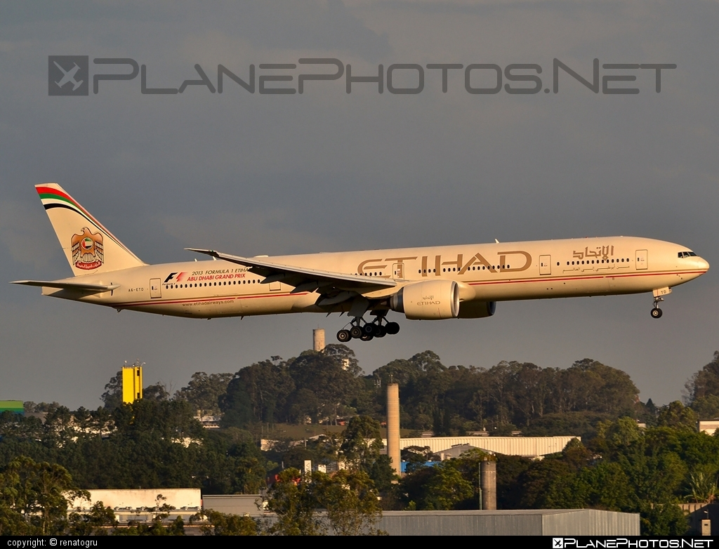 Boeing 777-300 - A6-ETD operated by Etihad Airways #b777 #boeing #boeing777 #etihad #etihadairways #tripleseven
