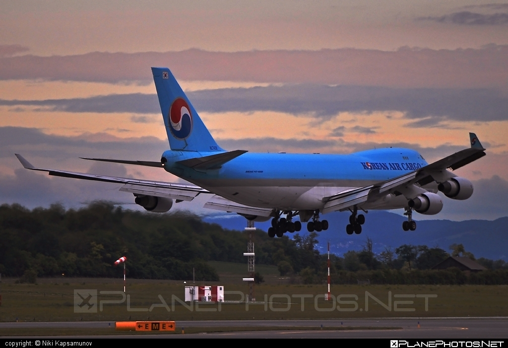 Boeing 747-400F - HL7439 operated by Korean Air Cargo #b747 #boeing #boeing747 #jumbo #koreanair #koreanaircargo