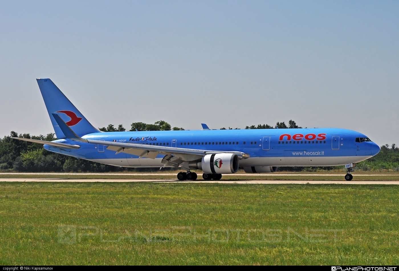 Boeing 767-300ER - I-NDOF operated by Neos #b767 #b767er #boeing #boeing767