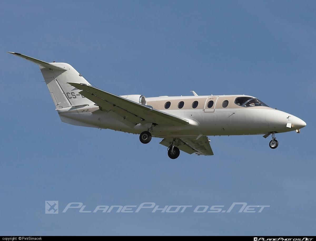 Hawker Beechcraft Hawker 400XP - CS-DMB operated by NetJets Europe #beech400 #beechcraft400 #hawker400xp #hawkerbeechcraft #hawkerbeechcraft400 #hawkerbeechcraft400xp