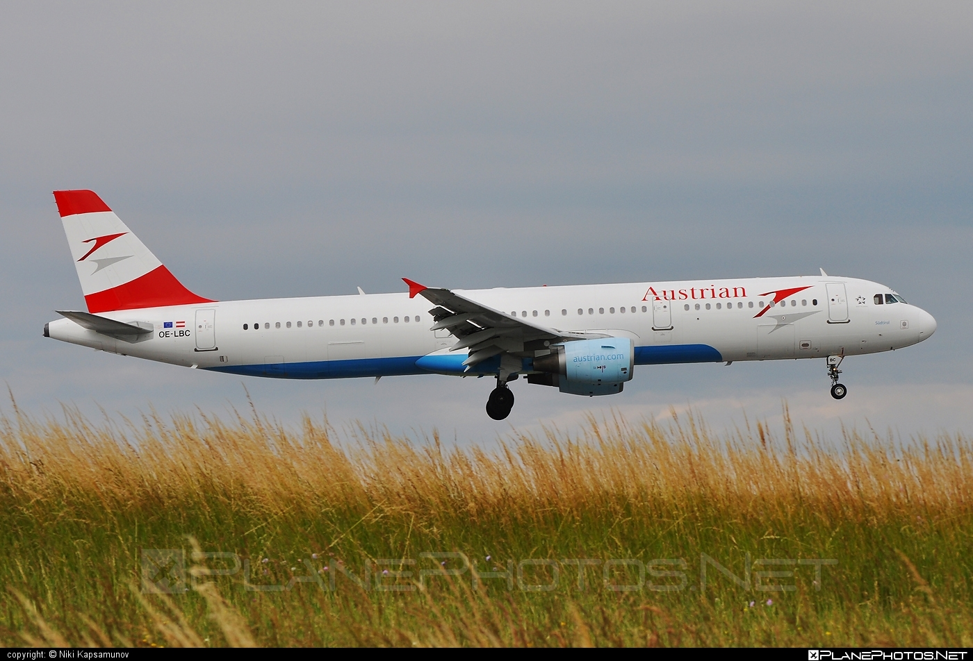 Airbus A321-111 - OE-LBC operated by Austrian Airlines #a320family #a321 #airbus #airbus321