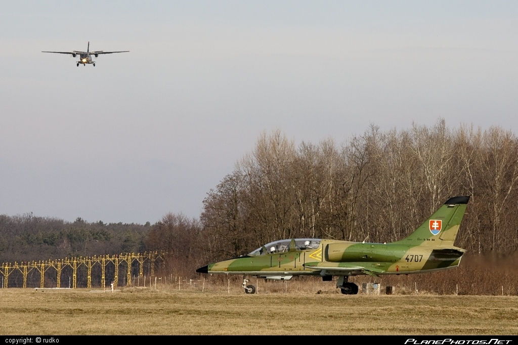 Aero L-39ZA Albatros - 4707 operated by Vzdušné sily OS SR (Slovak Air Force) #aero #aerol39 #aerol39albatros #aerol39zaalbatros #albatros #l39 #l39za #l39zaalbatros #slovakairforce #vzdusnesilyossr