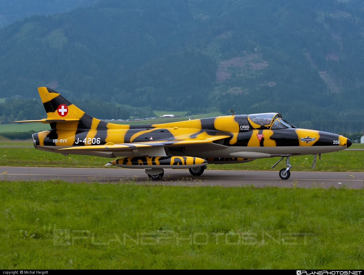Hawker Hunter T.68 - HB-RVV operated by Verein Hunter Flying Group #hawker