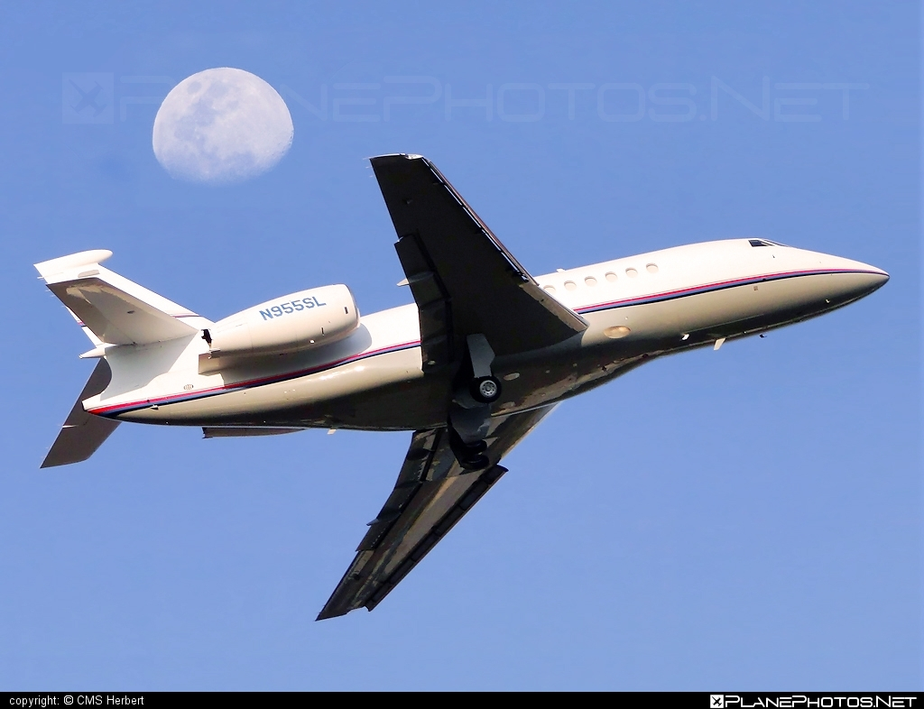 Dassault Falcon 2000 - N955SL operated by Private operator #dassault #dassaultfalcon #dassaultfalcon2000 #falcon2000