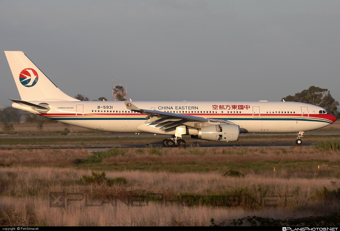Airbus A330-243 - B-5931 operated by China Eastern Airlines #a330 #a330family #airbus #airbus330 #chinaeastern #chinaeasternairlines