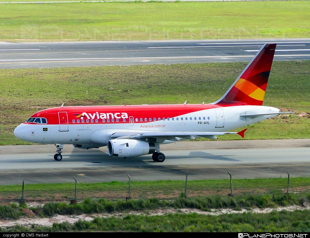 Airbus A318-121 - PR-AVL operated by Avianca Brasil #a318 #a320family #airbus #airbus318 #avianca #aviancabrasil