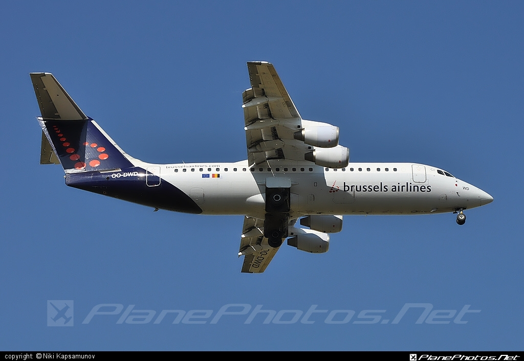 British Aerospace Avro RJ100 - OO-DWD operated by Brussels Airlines #avro146rj100 #avrorj100 #bae146 #britishaerospace #brusselsairlines
