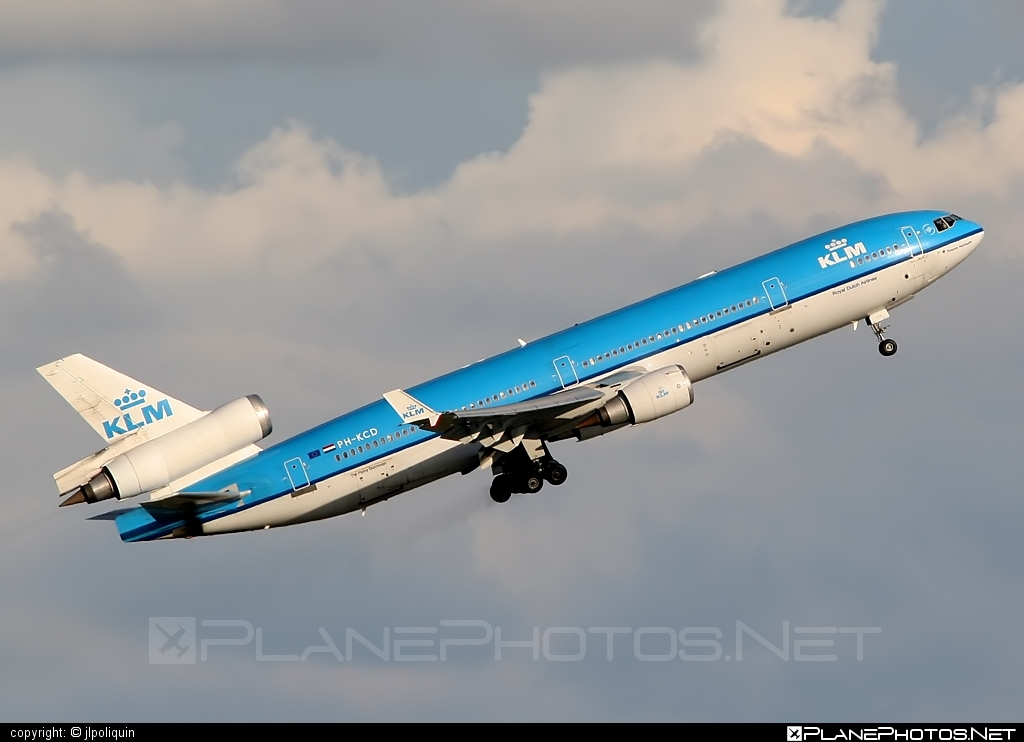 McDonnell Douglas MD-11 - PH-KCD operated by KLM Royal Dutch Airlines #klm #klmroyaldutchairlines #mcdonnelldouglas #mcdonnelldouglas11 #mcdonnelldouglasmd11 #md11 #royaldutchairlines