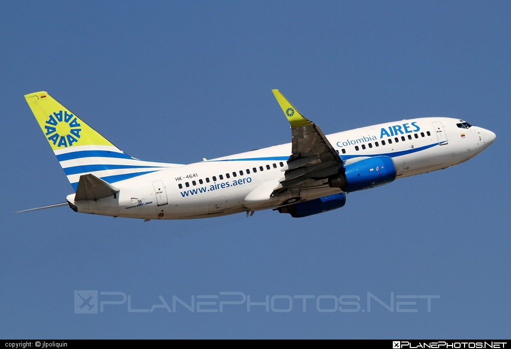 Boeing 737-700 - HK-4641 operated by Aires Colombia #b737 #b737nextgen #b737ng #boeing #boeing737