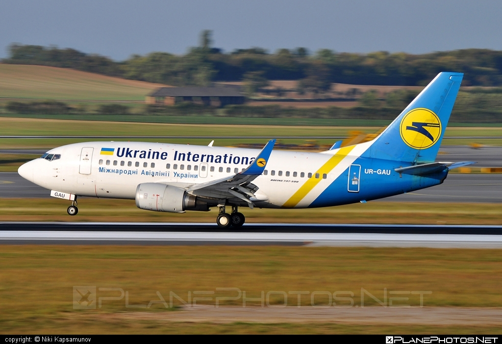 Boeing 737-500 - UR-GAU operated by Ukraine International Airlines #b737 #boeing #boeing737 #uia #ukraineinternationalairlines