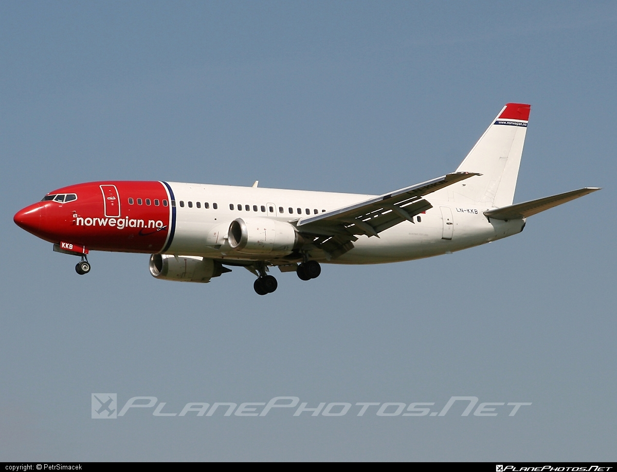 Boeing 737-300 - LN-KKB operated by Norwegian Air Shuttle #b737 #boeing #boeing737 #norwegian #norwegianair #norwegianairshuttle