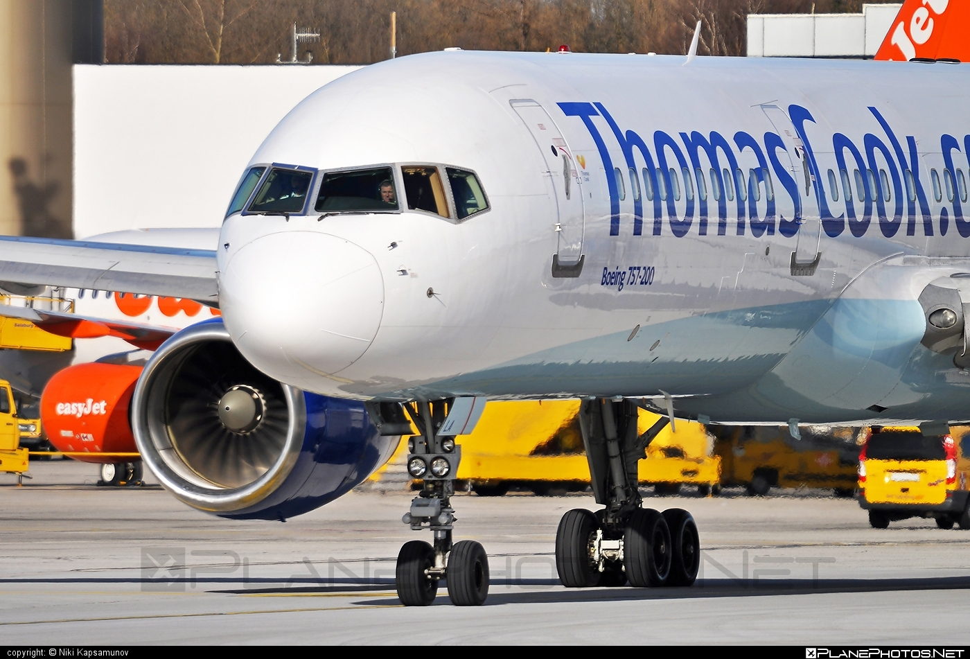 Boeing 757-200 - G-FCLA operated by Thomas Cook Airlines #b757 #boeing #boeing757