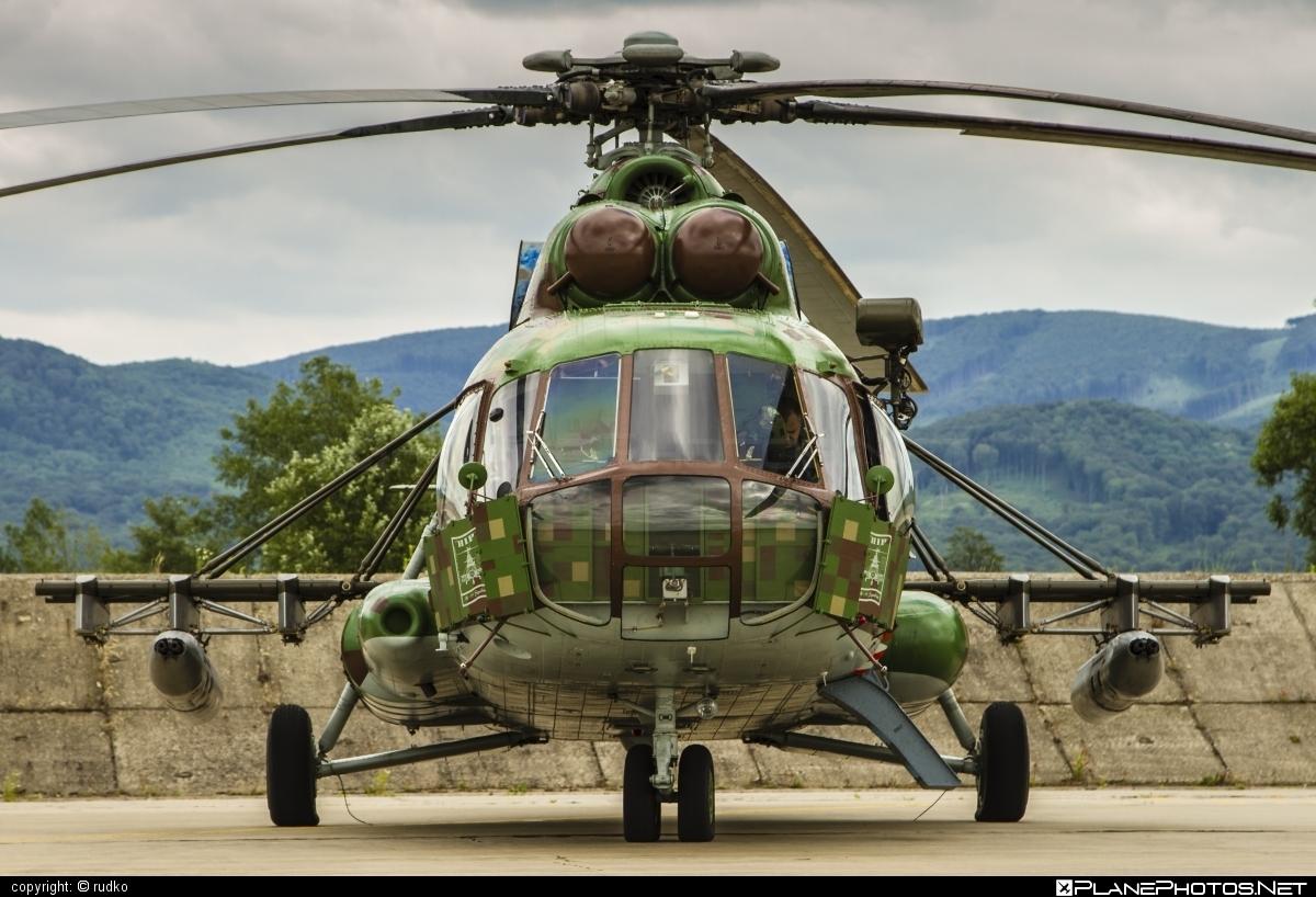 Mil Mi-17 - 0807 operated by Vzdušné sily OS SR (Slovak Air Force) #mi17 #mil #mil17 #milhelicopters #slovakairforce #vzdusnesilyossr