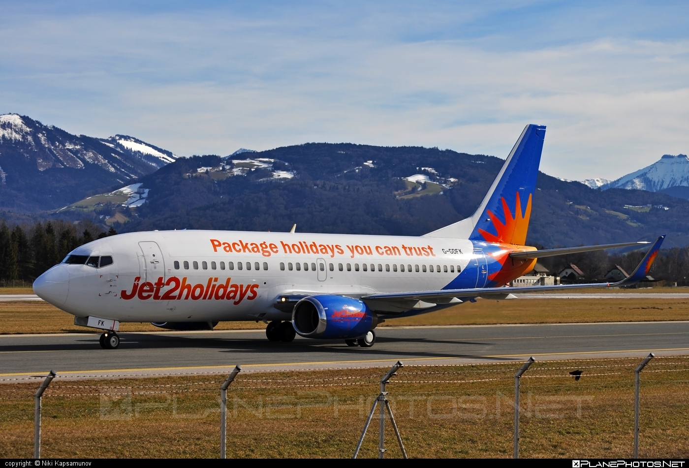 Boeing 737-300 - G-GDFK operated by Jet2holidays #b737 #boeing #boeing737 #jet2holidays
