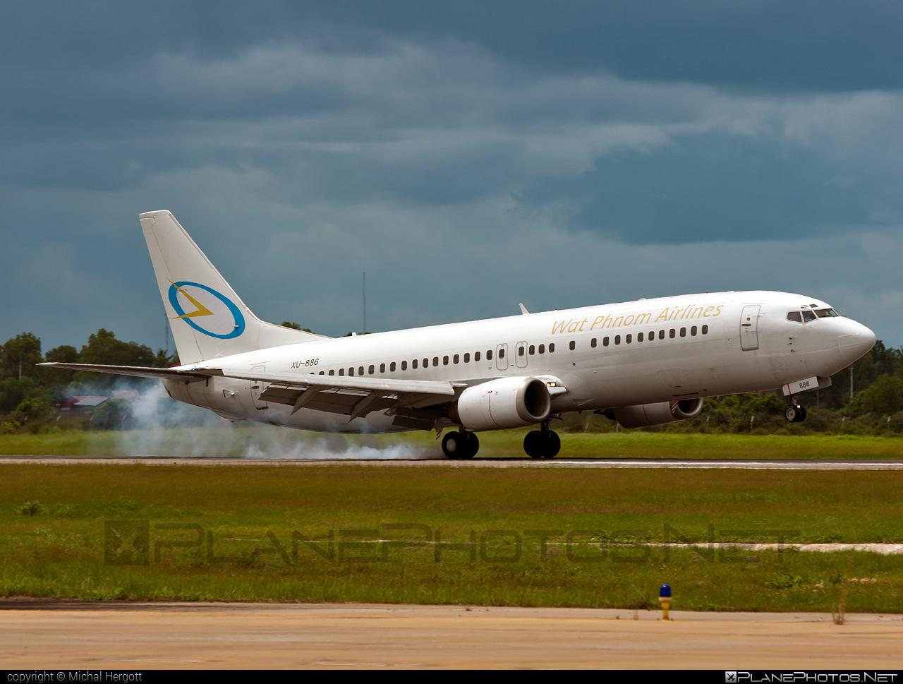 Boeing 737-400 - XU-886 operated by Wat Phnom Airlines #b737 #boeing #boeing737