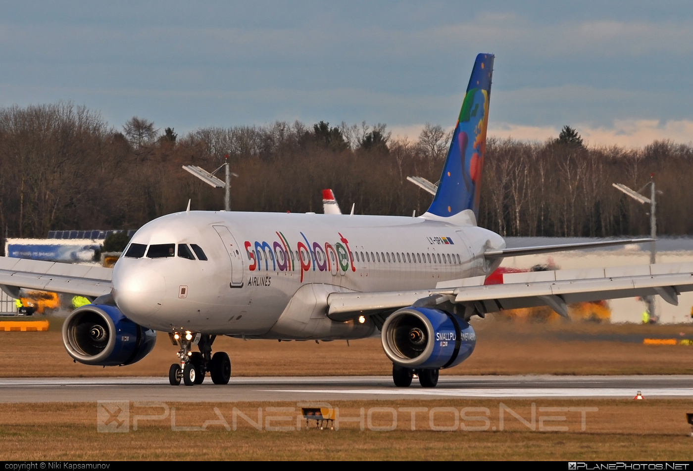 Airbus A320-232 - LY-SPA operated by Small Planet Airlines #a320 #a320family #airbus #airbus320