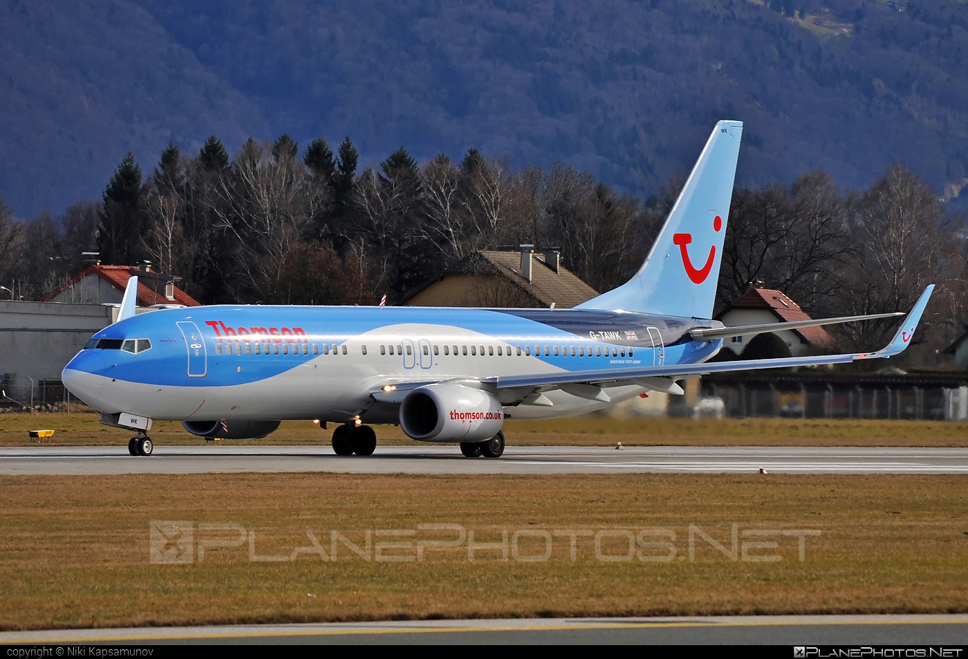 Boeing 737-800 - G-TAWK operated by Thomson Airways #b737 #b737nextgen #b737ng #boeing #boeing737