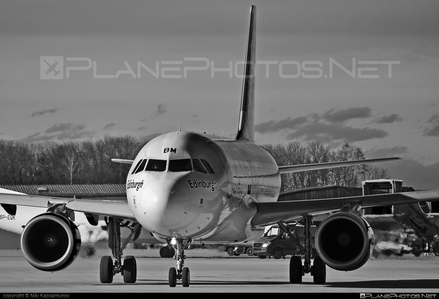 easyJet Airbus A319-111 - G-EZBM #a319 #a320family #airbus #easyjet