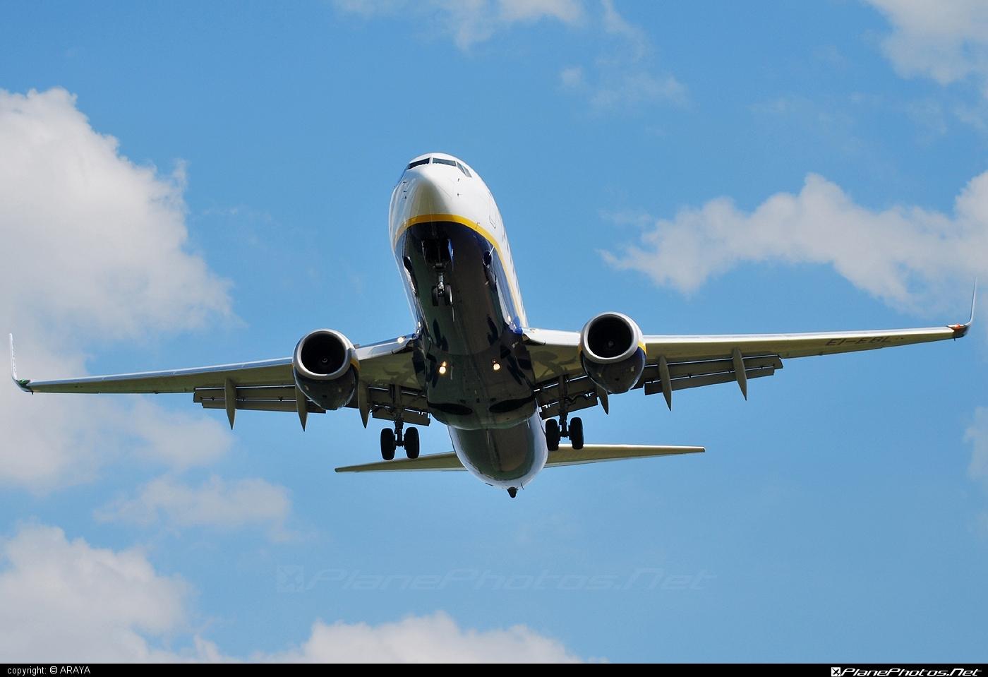 Boeing 737-800 - EI-EBL operated by Ryanair #b737 #b737nextgen #b737ng #boeing #boeing737 #ryanair