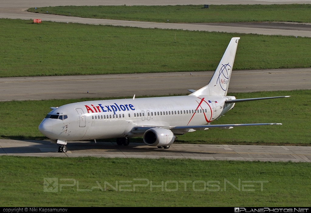 Boeing 737-400 - OM-CEX operated by AirExplore #airexplore #b737 #boeing #boeing737