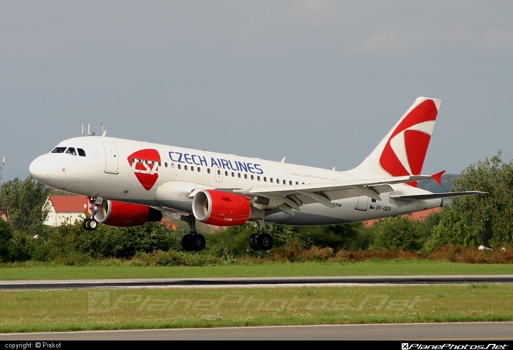 Airbus A319-112 - OK-OER operated by CSA Czech Airlines #a319 #a320family #airbus #airbus319 #csa #czechairlines