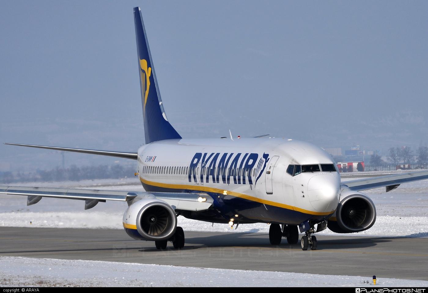 Boeing 737-800 - EI-DWM operated by Ryanair #b737 #b737nextgen #b737ng #boeing #boeing737 #ryanair