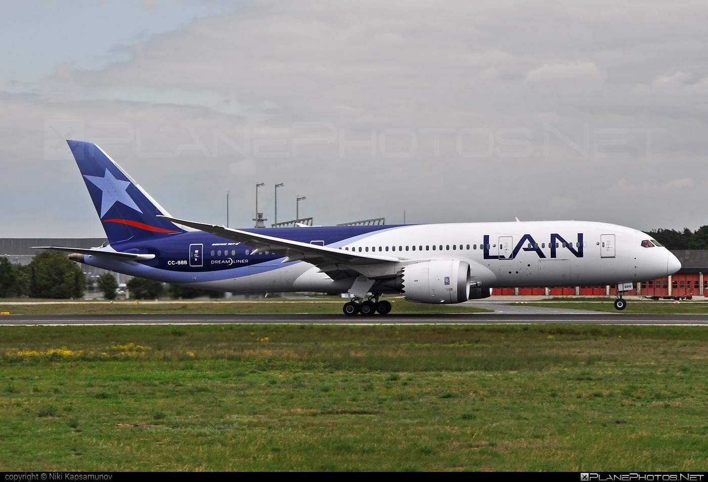 Boeing 787-8 Dreamliner - CC-BBB operated by LAN #b787 #boeing #boeing787 #dreamliner