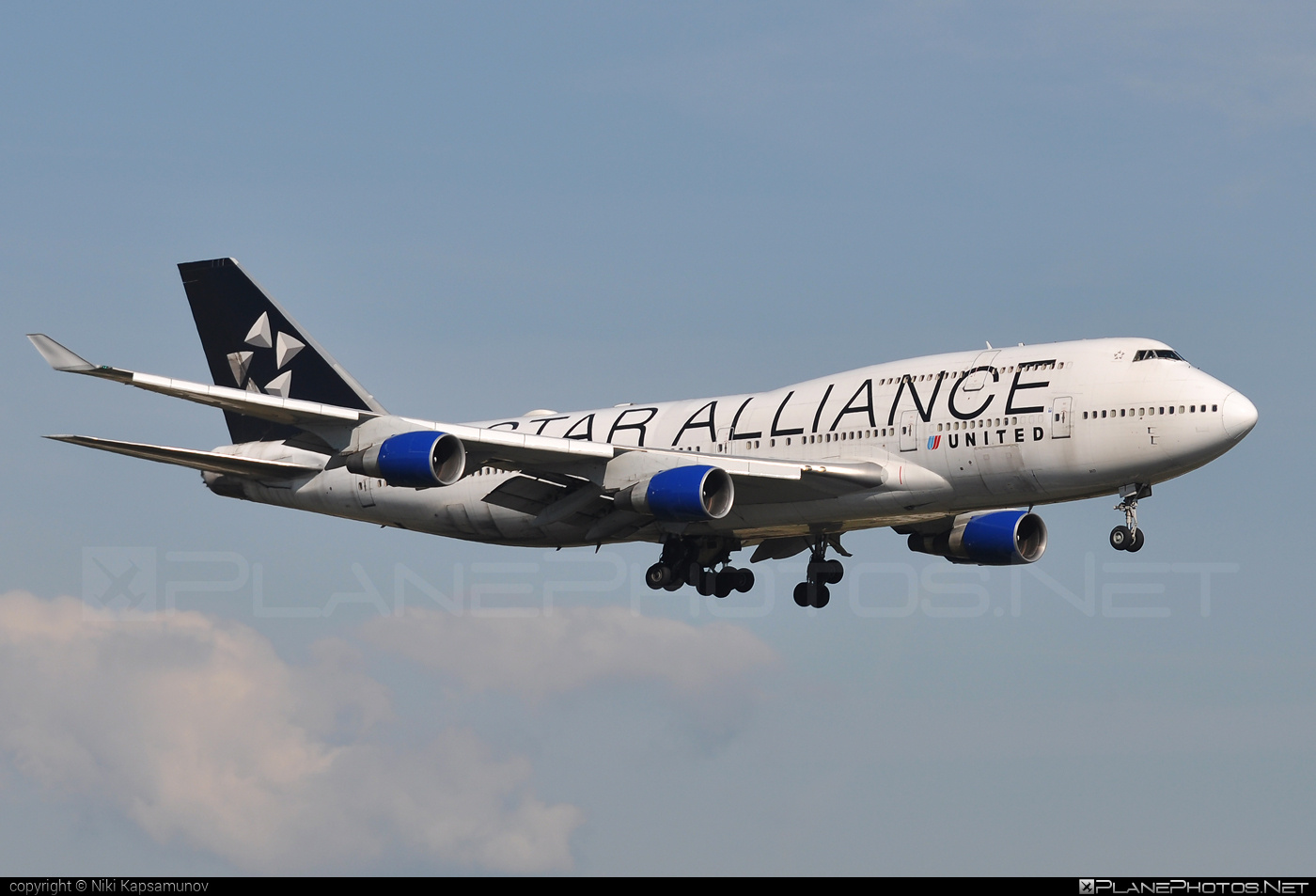 Boeing 747-400 - N121UA operated by United Airlines #b747 #boeing #boeing747 #jumbo #staralliance #unitedairlines