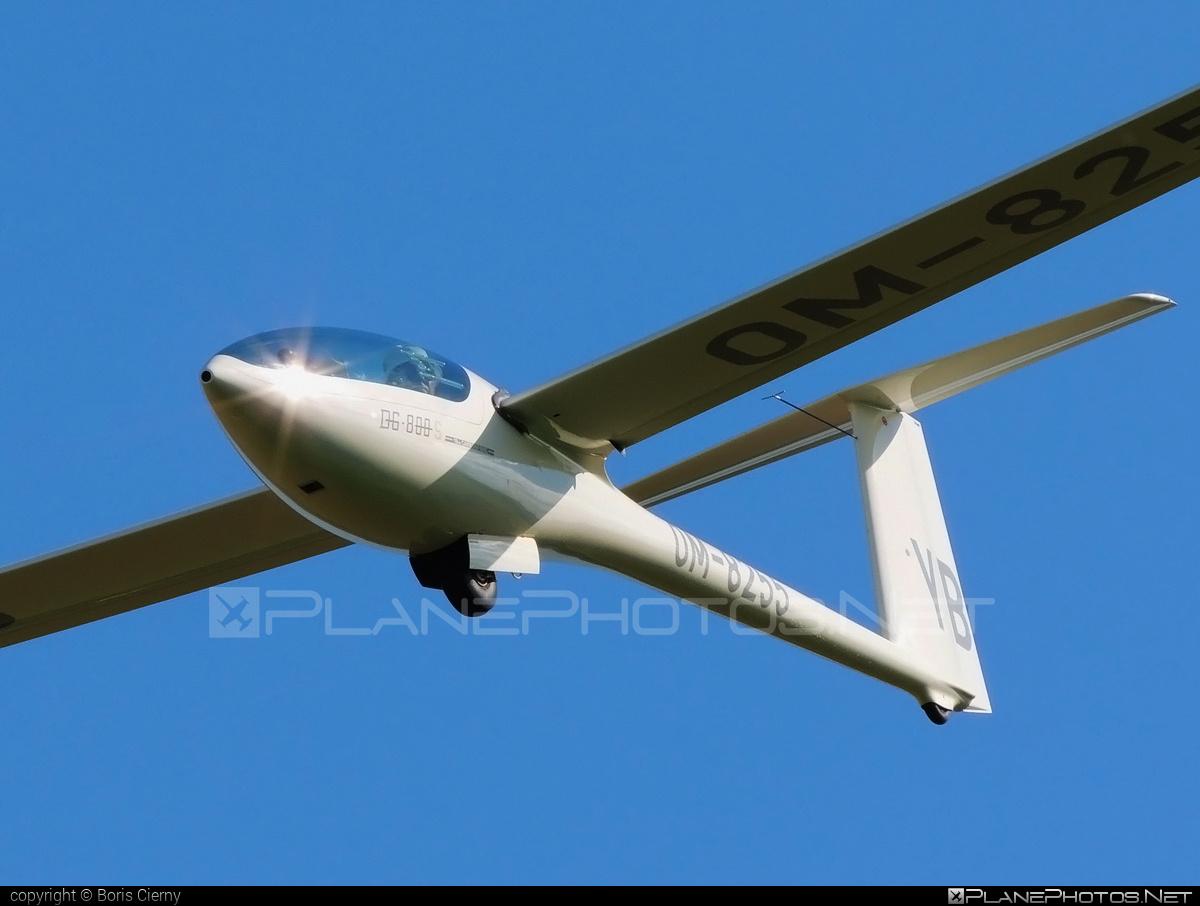 DG Flugzeugbau DG-800S - OM-8255 operated by Private operator #dgflugzeugbau