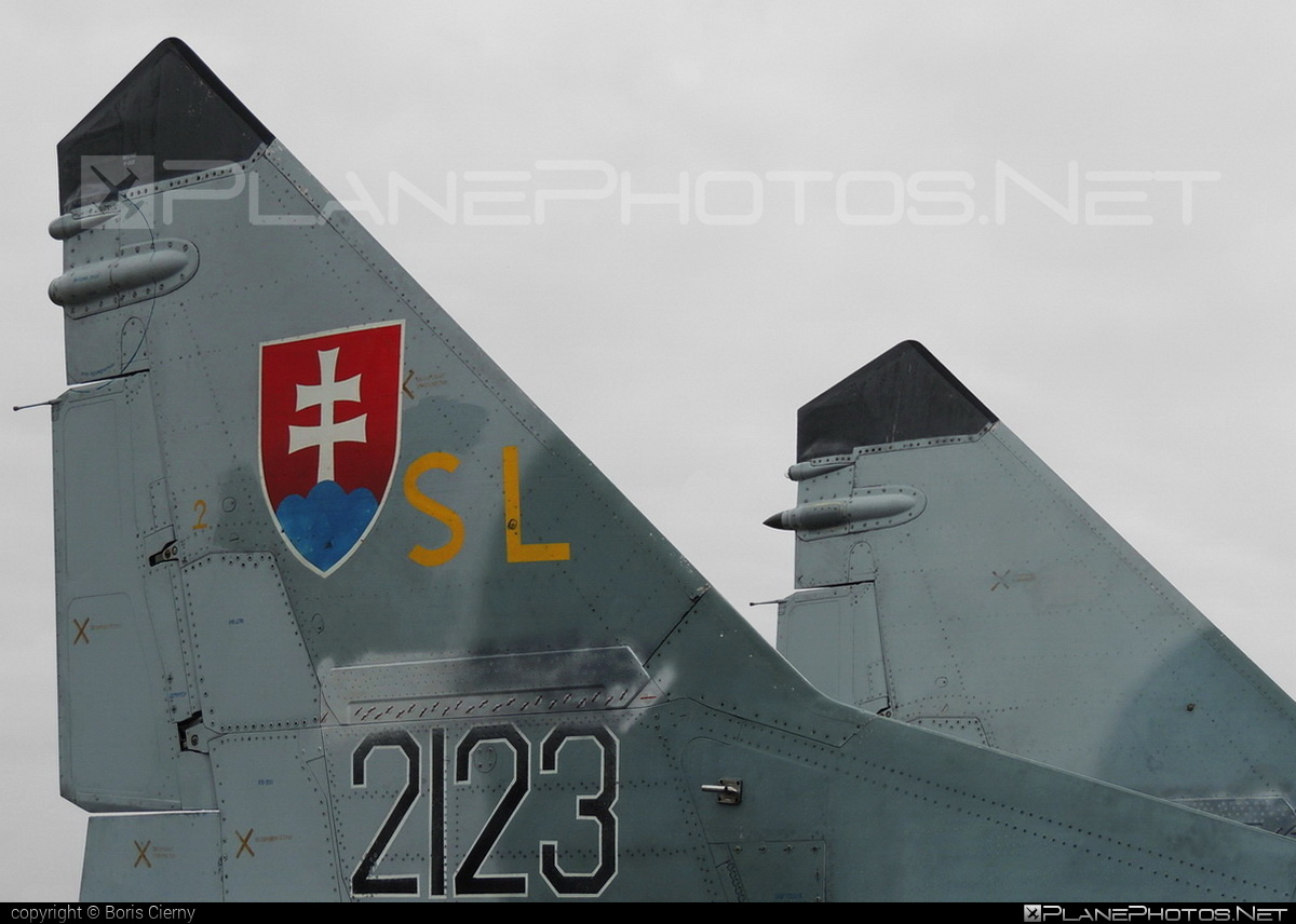 Mikoyan-Gurevich MiG-29AS - 2123 operated by Vzdušné sily OS SR (Slovak Air Force) #mig #mig29 #mig29as #mikoyangurevich #natodays #natodays2013 #slovakairforce #vzdusnesilyossr
