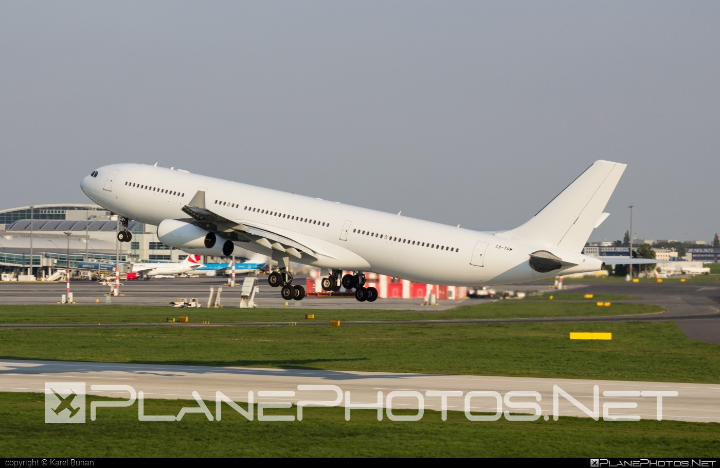 Airbus A340-313E - CS-TQM operated by Hi Fly #a340 #a340family #airbus #airbus340 #hifly