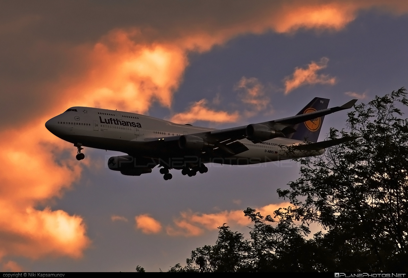 Boeing 747-400 - D-ABVU operated by Lufthansa #b747 #boeing #boeing747 #jumbo #lufthansa